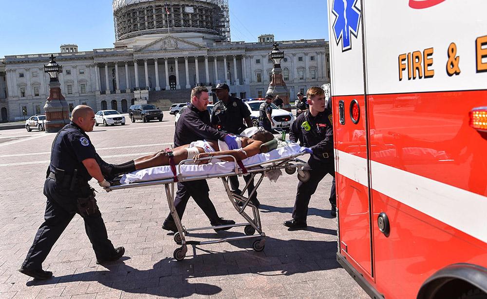 У Капитолия в США произошла стрельба